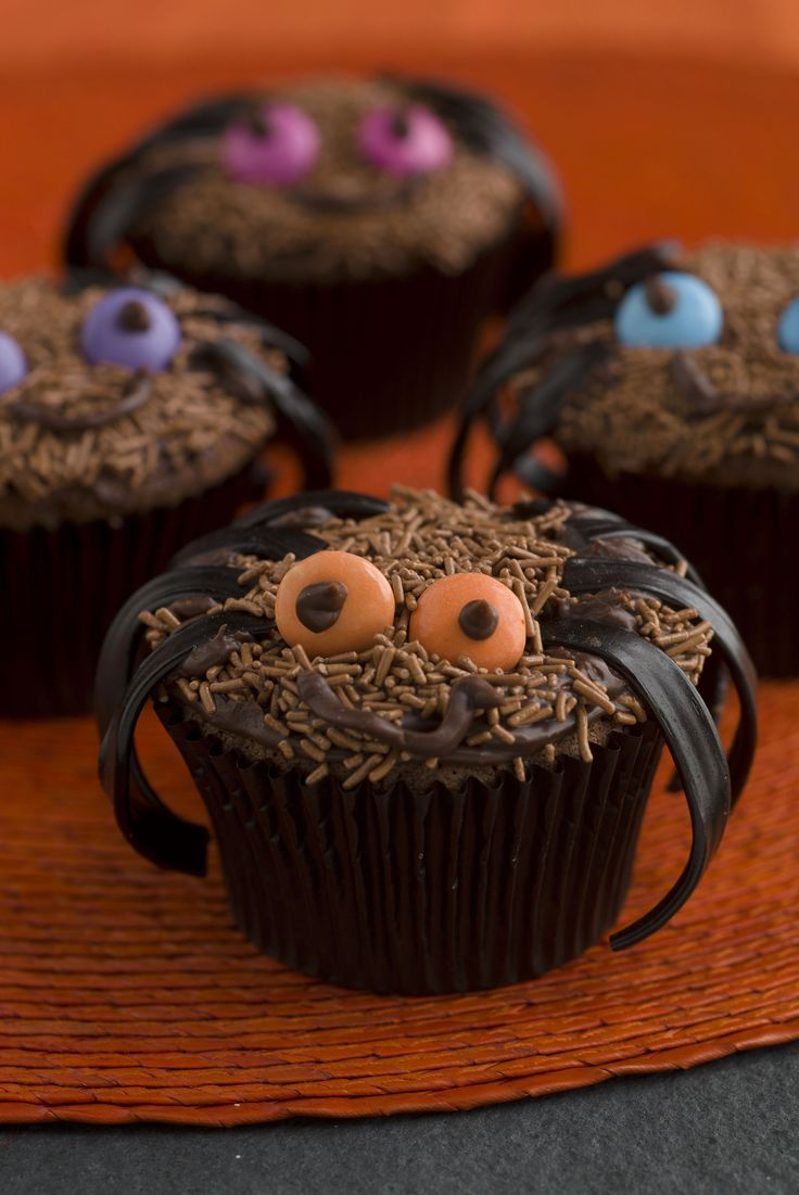 Spider CupCakes arebn't they cure Halloween cakes that are super cute and not at all scary. Easy Halloween baking that is simple and fun and tasty too
