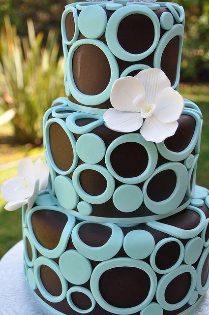 Chocolate Circles Cake