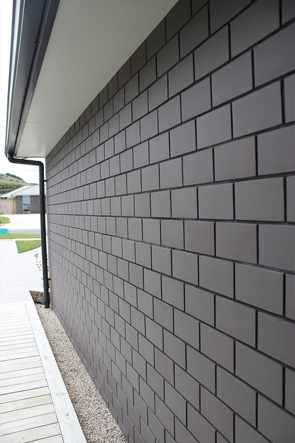 Midland Brick New Zealand Midland Brick Nz Brick Exterior House Gray House Exterior Exterior Wall Cladding