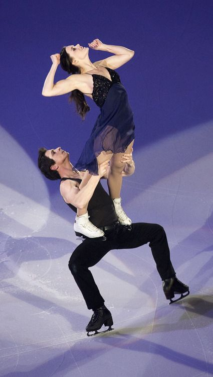 Virtue & Moir -- 2016 Skate Niagara Ice Show - What`s Love Got to Do With It