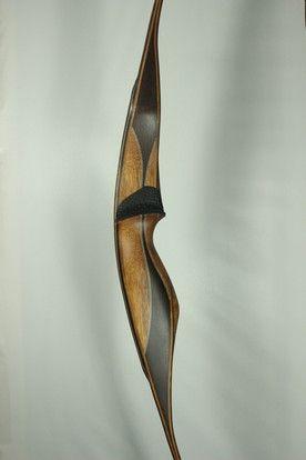 Cari-bow Archery Amisk Longbow; Shedua/Wenge combo