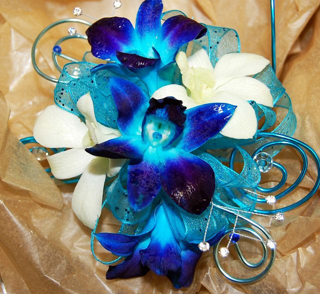 Prom Corsages Ideas | Prom Corsage - Monday Morning Flower and Balloon Co in Princeton, N.J ...