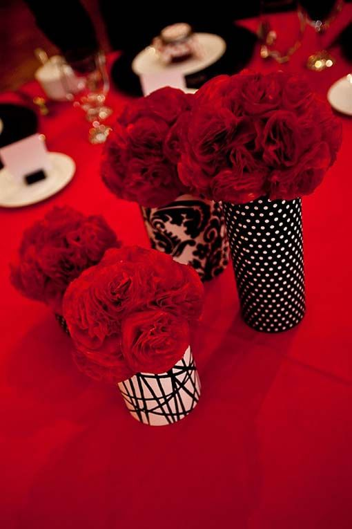 Red And Black Wedding Centerpieces | Tips, Black And White Containers Centerpieces: Black and White Wedding ...