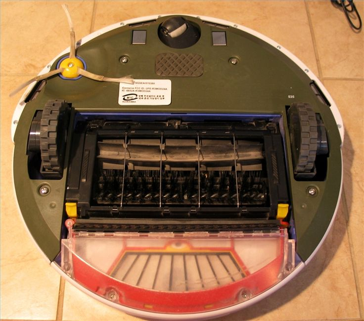 How to COMPLETELY clean Roomba inside and out