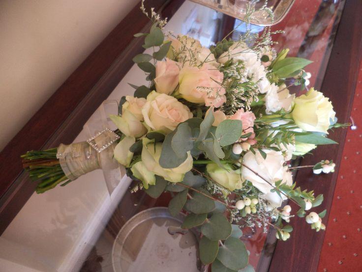 A superbly romantic bouquet...