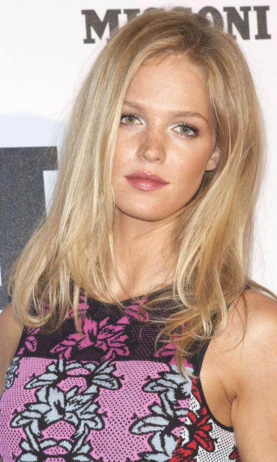 Erin Heatherton Looking Fabulous As Always, 2013