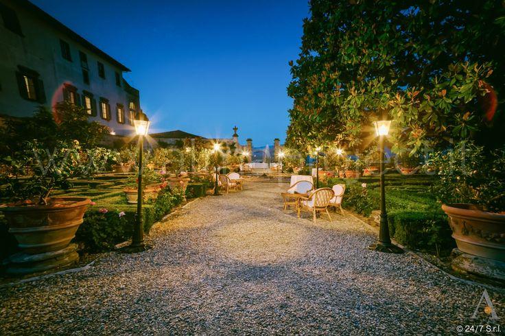 ALMA PROJECT @ VILLA CORSINI - South Italian Garden - Street Lamps 041