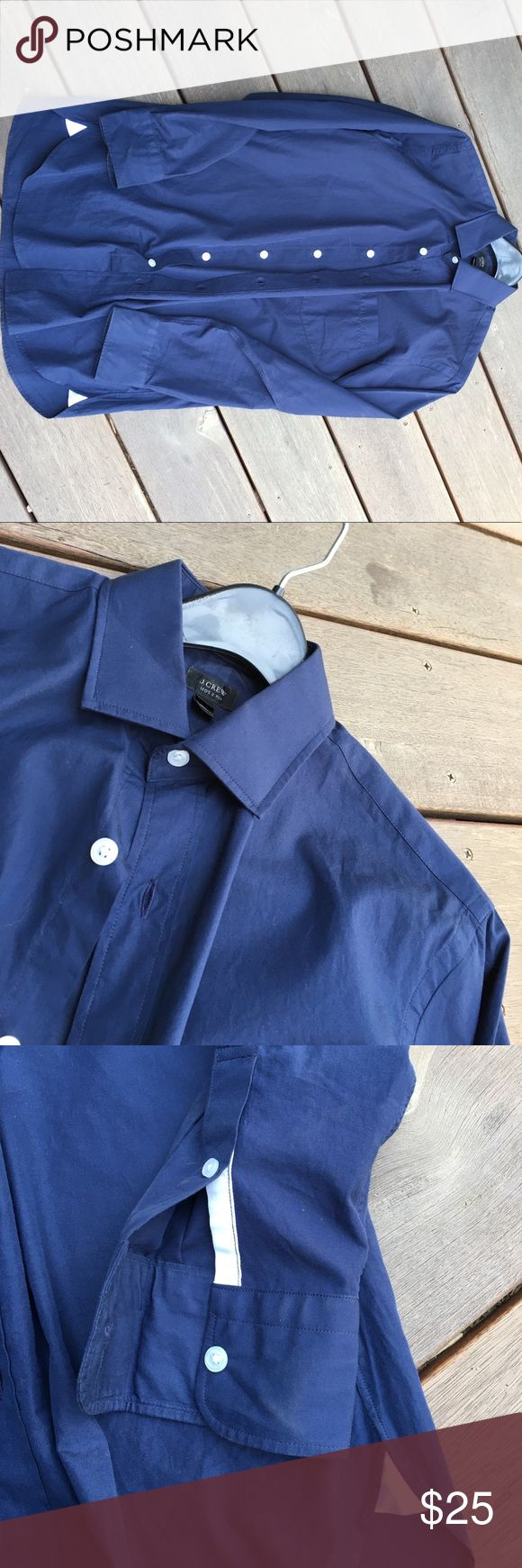 Jcrew blue men's button down shirt J crew men's button down. 120s 2 ply. Size small. Ludlow. In EUC. No rips, tears or stains. Hubby just doesn't wear anymore. J. Crew Shirts Casual Button Down Shirts