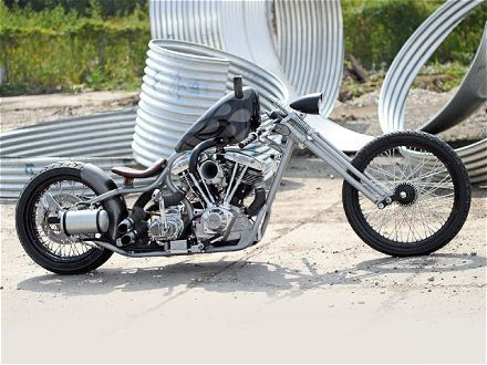 Three Two Choppers: Steel Horses