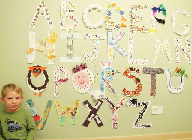 Olha que alternativa legal para fazer com as crianças: um alfabeto com texturas dos elementos que começam com cada letra. #DIY #abc #alfabeto