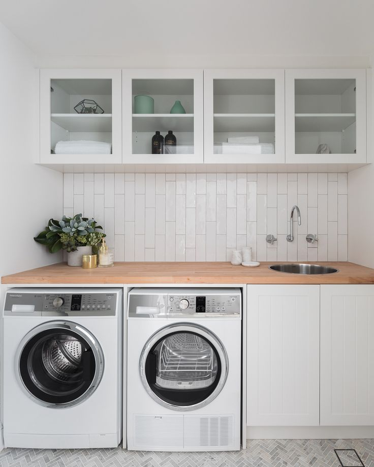 """865 Likes, 40 Comments - THREE BIRDS RENOVATIONS (@threebirdsrenovations) on Instagram: """"Laundry in overdrive #schoolholidays #itneverends... Some laundry inspo for your Sunday night …"""""""
