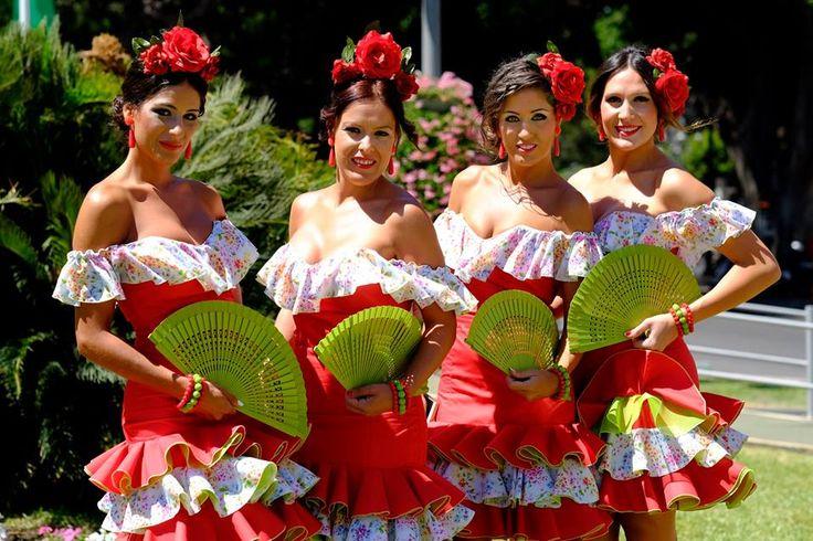 De 'Feria de Málaga' vindt plaats in augustus, en duurt ruim een week!  Belangstelling voor de Spaanse taal? Kijk op www.espaans.nl