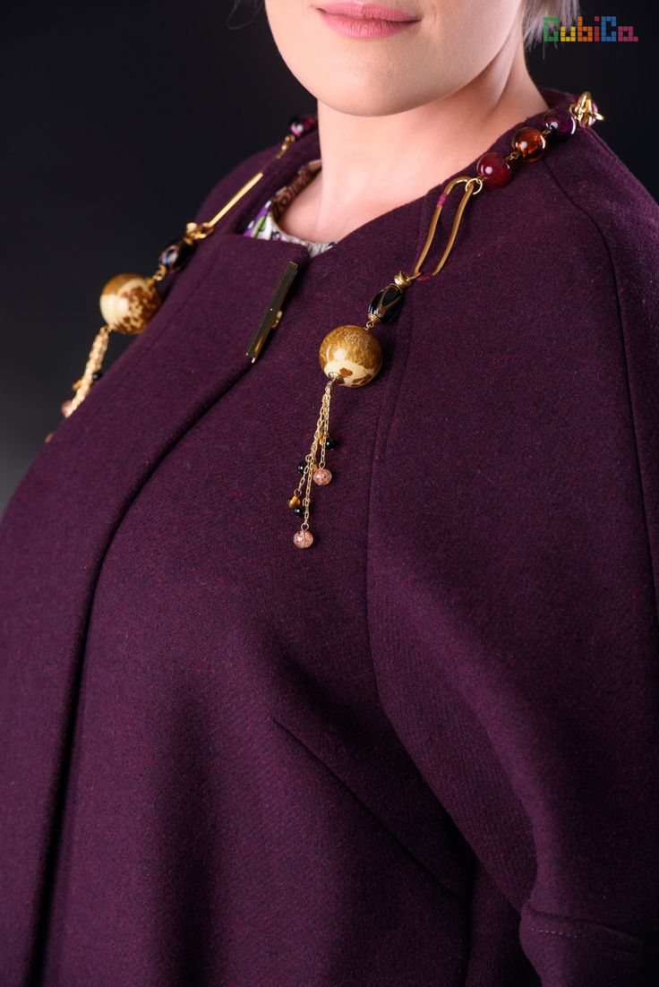 Irene wool overcoat murano collar details CubiCa Peculiar collection