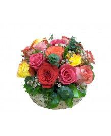 Cosuri de flori Cos cu trandafiri colorati