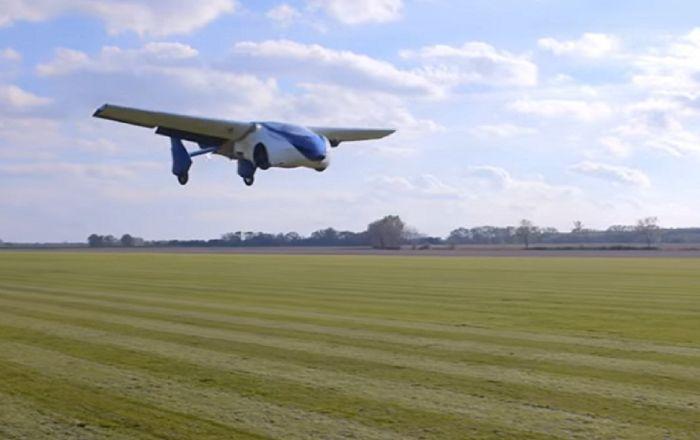 O futuro já chegou: primeiro carro voador vai ser apresentado em abril (FOTO VÍDEO)