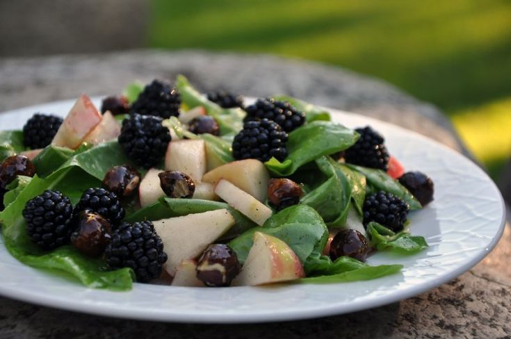 Brombær salat (Blackberry salad)