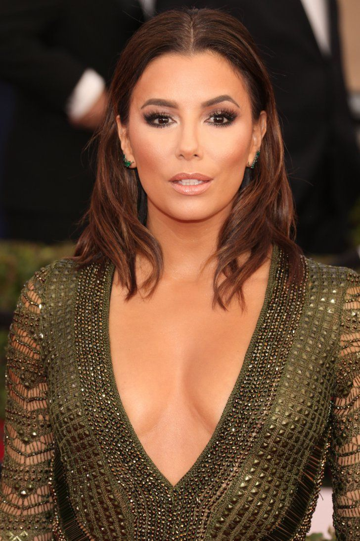 Pin for Later: See Every Breathtaking Beauty Look From the 2016 SAG Awards Eva Longoria Full, feathery lashes and sharply defined cheekbones made Eva look ultraglam.