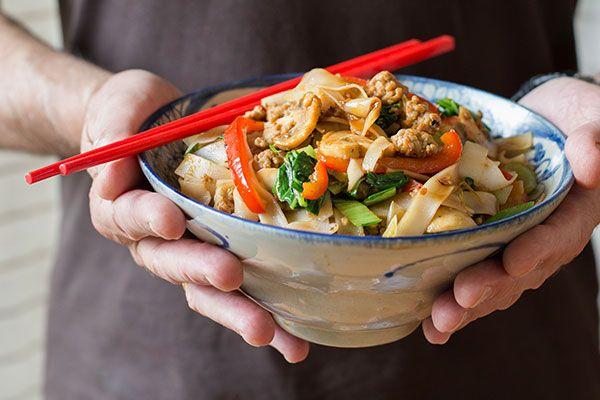 Stir-fried pork mince with rice noodles, vegetables and hoisin sauce