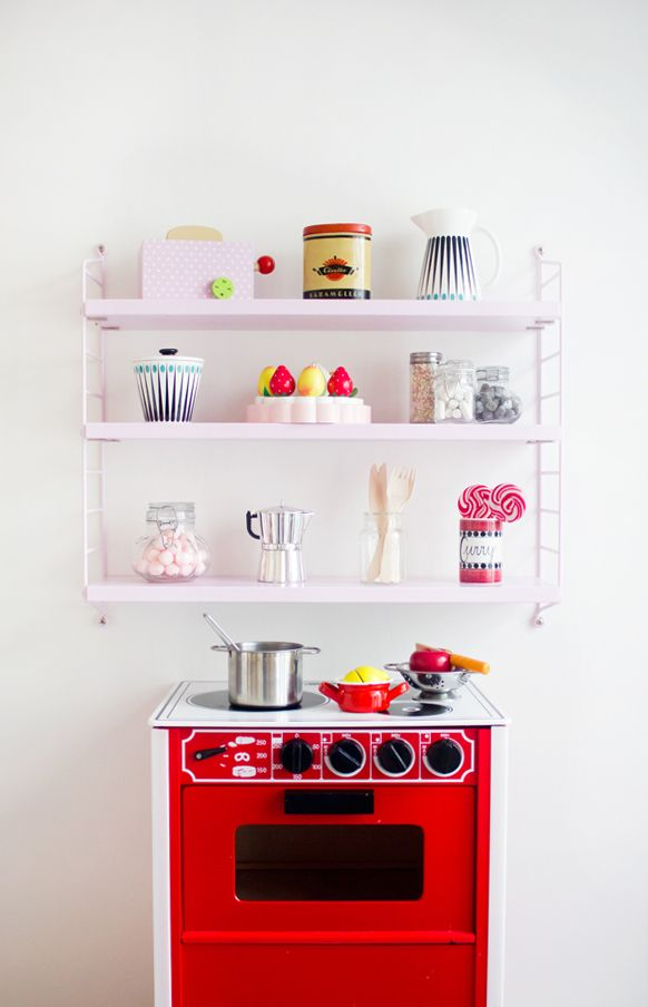 The little mini kitchen - Bonjour Vintage