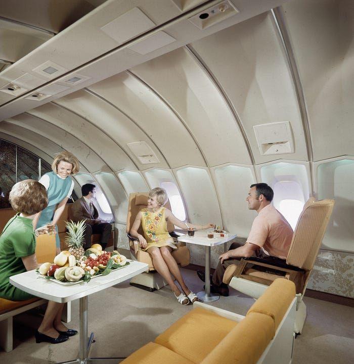 Vintage Photos Of Plane Food Insider In 2020 Vintage Planes Airlines Plane Food