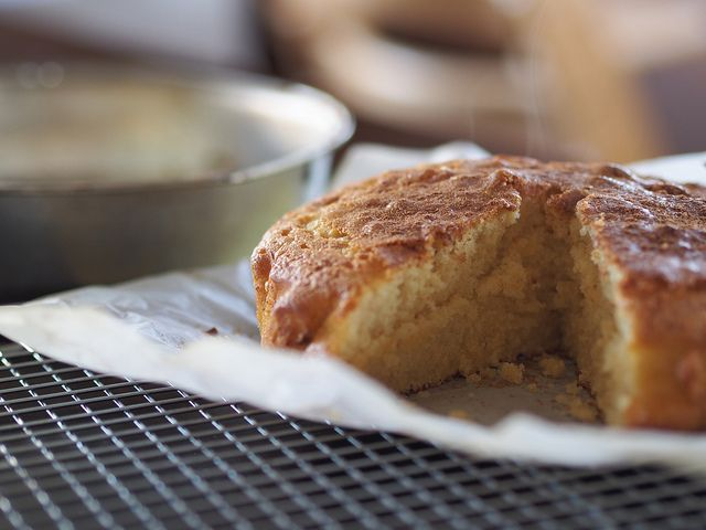 super quick and easy Thermomix tea cake with cinnamon