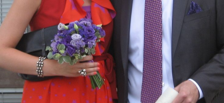 mini bouquet da sposa viola
