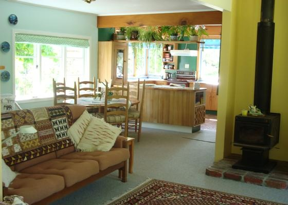 Wonderful seas side cottage set in picturesque gardens close to romantic Russell village in Russell | Bookabach | New Zealand