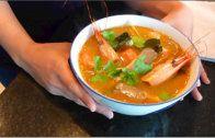 Tom Yum Goong ต้มยำกุ้ง (lemongrass shrimp soup)