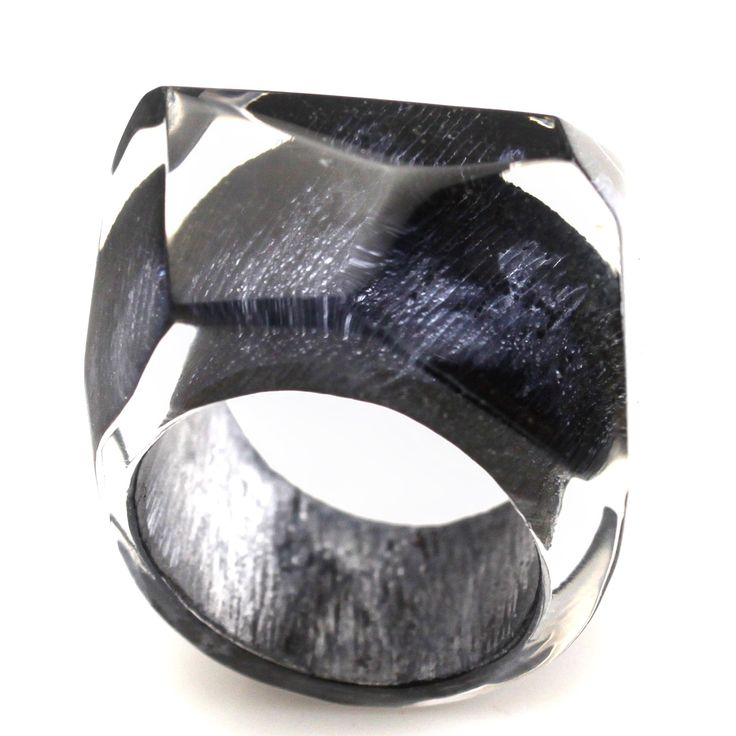 Smouldering Black and Chrome metallic finishes. From new ring collection.         #randheidinger #modernistrand #lucite #lucitejewelry #luciterings #resinjewelry #resinart #resinrings #resinjewelry #handmadejewelry #handpainted #museumgiftshop #museumshops #museum #abstractart #artjewellery #fashionbloggers #fashionjewelery #fashion