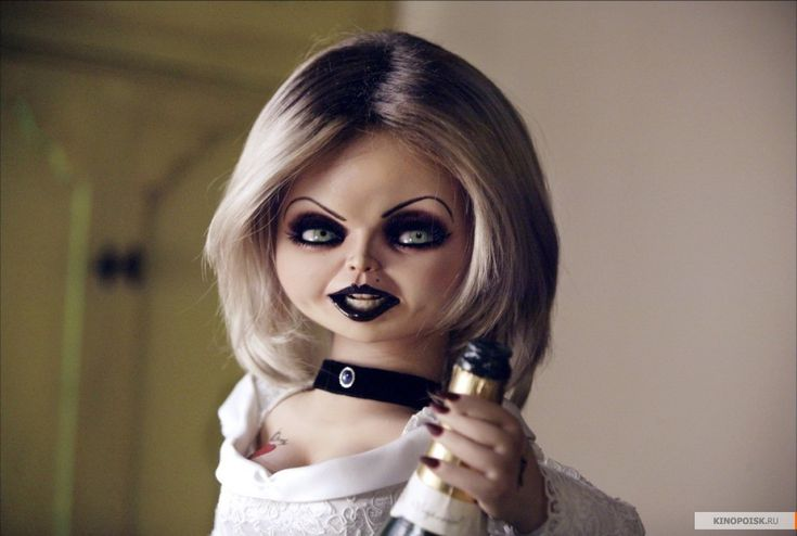 My celebrity look alike (according to my husband and son). Yes she's a doll, no I don't wear all black make-up and I guess I do kinda look like her (I won't admit it to them) but only in certain scenes. At least she's a hot lookin' doll,lol -Tiffany from Bride of Chucky
