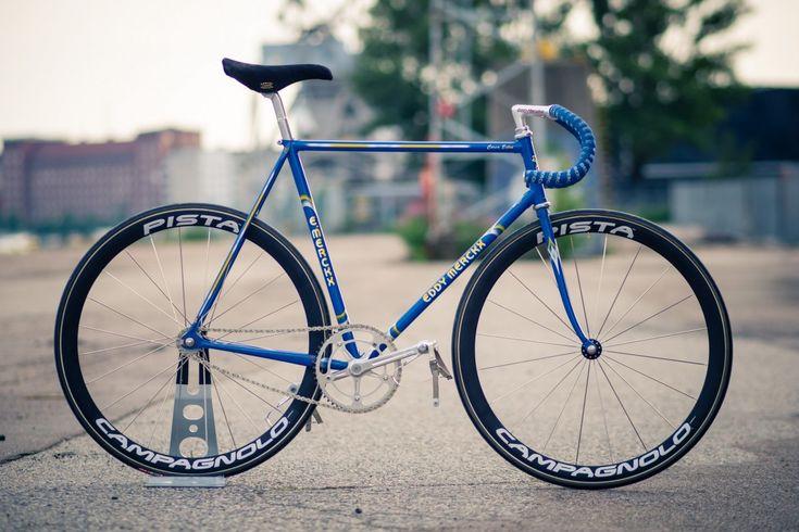 Merckx Monday? tá teno!Mais fotos dessa linda Merckx Pista aqui.