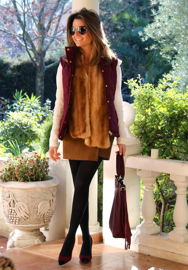 Fashion and Style Blog / Blog de Moda . Post: Burgundy / Burdeos .More pictures on/ Más fotos en : http://www.ohmylooks.com/?p=25998 .Llevo/I wear: Scarf / Bufanda : Oh My Looks Shop (info@ohmylooks.com) ; Skirt-Pans /Falda-pantalón : Stradivarius (old) ; Blouse / Blusa : Zara ; Vest / Chaleco : Primark ; Bag/Bolso : Pilar Burgos ; Bracelet1 / Pulsera1 : Coolook ; Bracelet2 / Pulseta2 : Dime que me quieres ; Shoes/Zapatos : Pilar Burgos (old) ; Sunglasses / Gafas de sol : Navarro óptico.