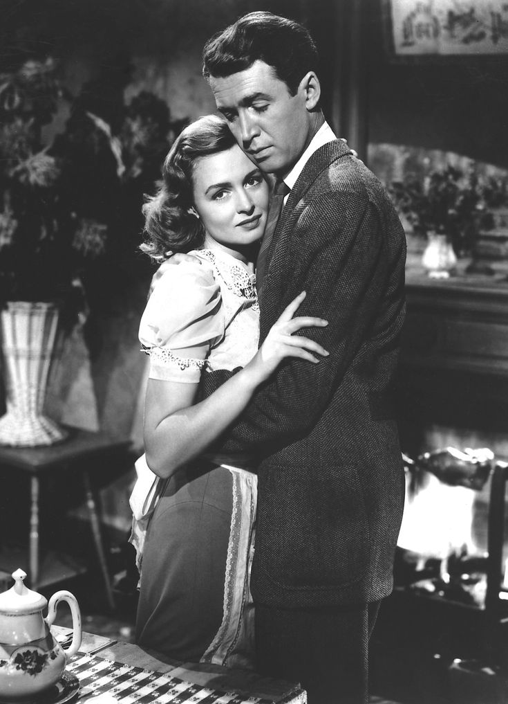 "Donna Reed and Jimmy Stewart in ""It's a Wonderful Life"" (1946)."