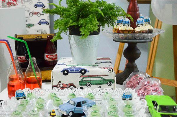 Festa em Casa - Carros Antigos