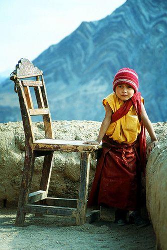 LOCATION: INDIA - JAMMU  KASHMIR / The Well Worn Chair. Ladakh