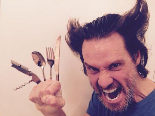 Hugh Jackman et Jim Carrey se défient sur Twitter en parodiant Wolverine et The Mask