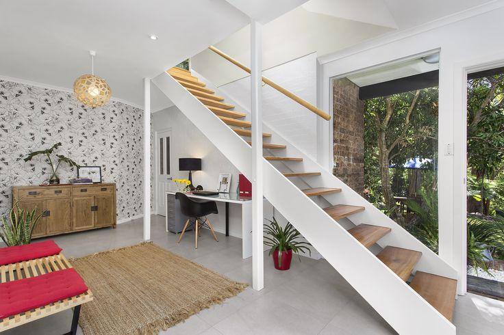 Ferm Living - Bindweed Wallpaper- Dulux Natural White - David Trubridge Coral Pendants