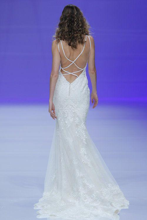 218c84d36 Vestidos de novia con escote en la espalda: ¡los querrás todos ...