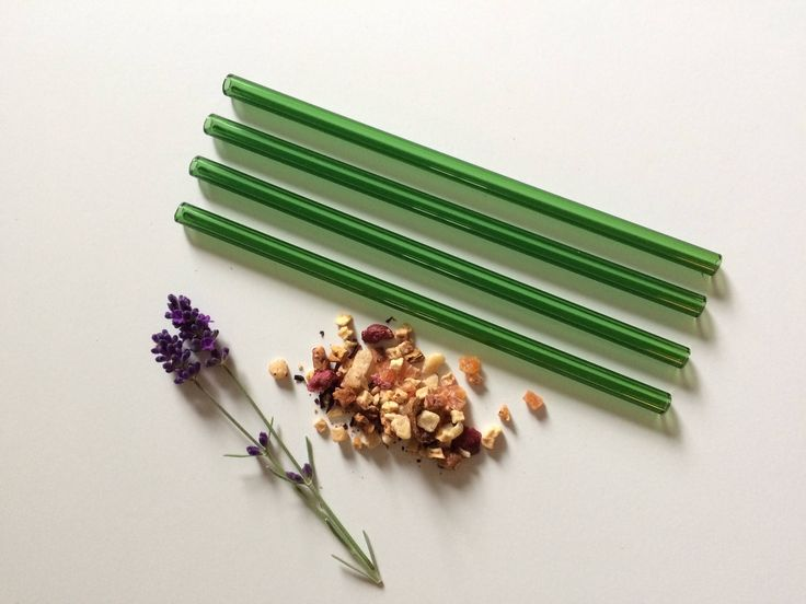 Glass Straws • Reusable Straws• Smoothie Straw • Eco Friendly  A personal favorite from my Etsy shop https://www.etsy.com/ca/listing/559681331/glass-straws-in-emarald-green-set-of