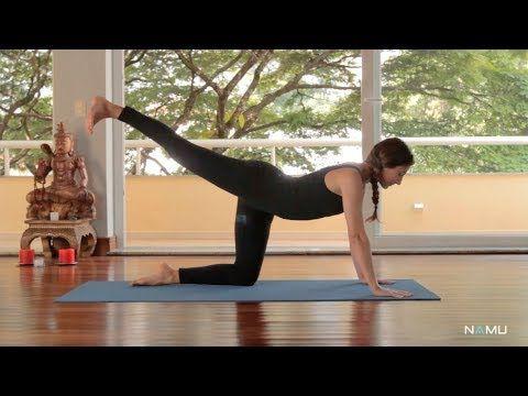 Aulas NAMU: vinyasa yoga para principiantes - YouTube