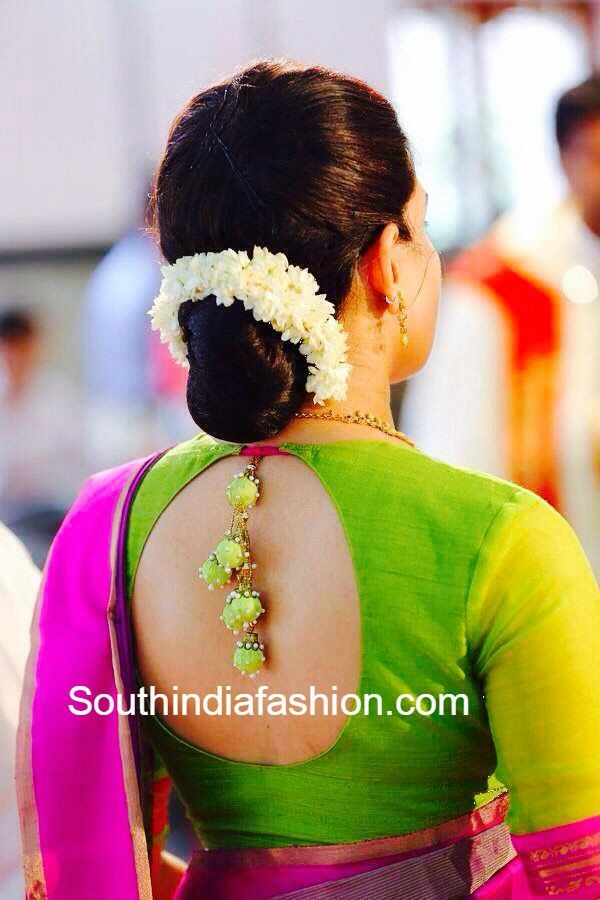 Simple Blouse Design for Traditional Sarees photo