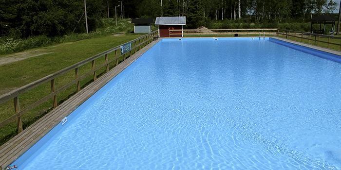 Karijoen Myrkyn vapaa-aikakeskuksessa on hulppea uima-allas.