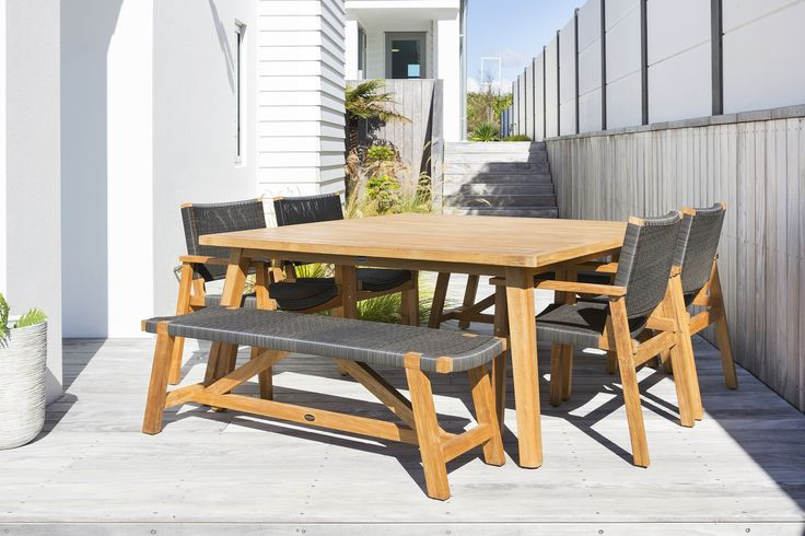 Porter 1600 with Waipuna Chairs and Sawyer Benches by DEVON