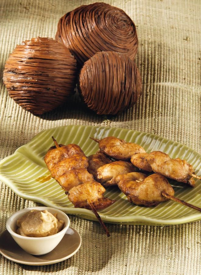 Κοτόπουλο satay με sauce φιστικιού
