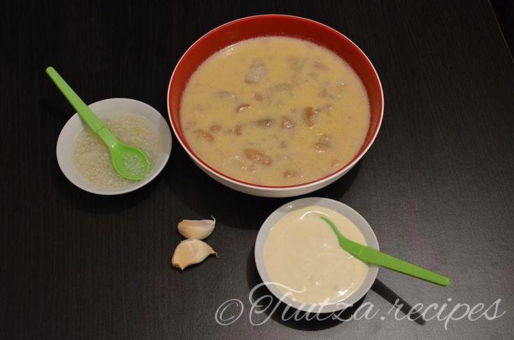 Tripe soup https://tiutza.recipes/ciorbe/ciorba-de-burta-cu-smantana-si-mujdei-de-usturoi/