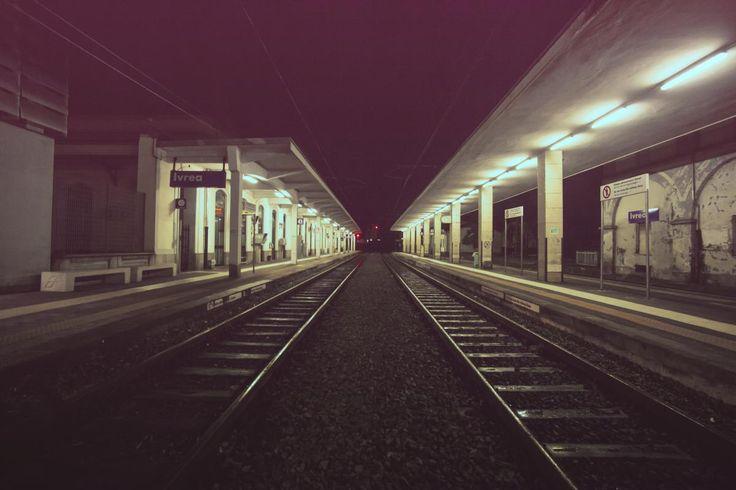 💚 Check out this free photoHorizontal surface Station Tunnel    🆗 https://avopix.com/photo/14924-horizontal-surface-station-tunnel    #horizontal surface #station #tunnel #facility #passage #avopix #free #photos #public #domain