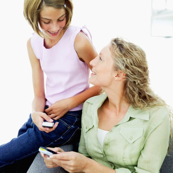 10 health-related apps to share with working moms