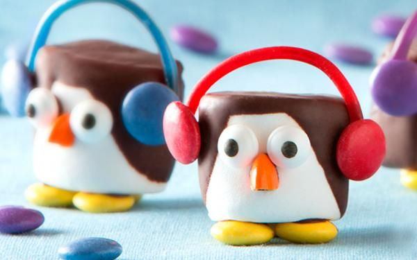 SMARTIES Penguins These marshmallow penguins are almost too cute too eat!