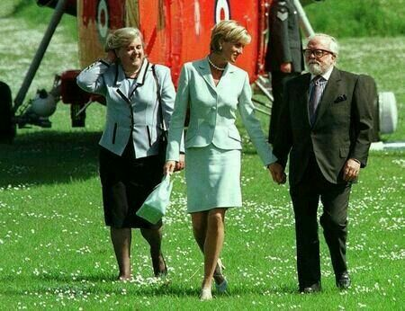 May 27, 1997: Diana, Princess of Wales with director Sir Richard Attenborough to formally open the Attenborough Centre at Leicester University.