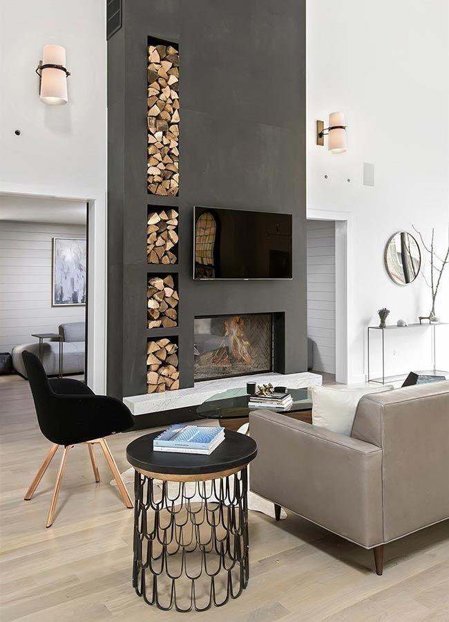 Разновидности и стили каминов для загородного дома, варианты удачного размещения в интерьере. Традиционные и оригинальные материалы для отделки каминов.
